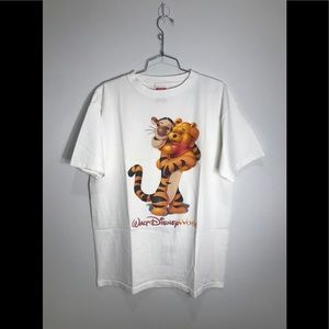 Vintage Mickey Walt Disney World Pooh Tigger Tee